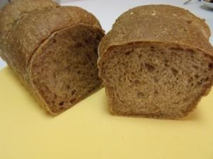 H26.8.25 雑穀パン 4