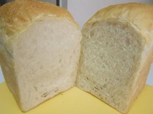 H26.9.25 酒種食パン 4