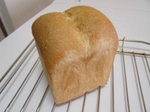 H26.10.28 りんご食パン 1