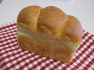 H27.3.28 酒種食パン 1