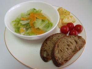 H27.4.30 春キャベツとチキンのスープ 1