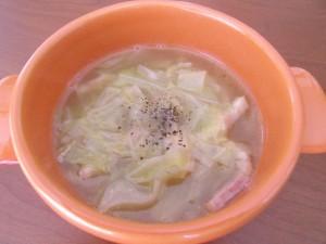 H28.5.18 キャベツと玉ねぎのスープ 2