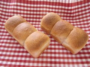 H29.4.11 いちごパン 2