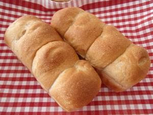 H29.5.27 いちごちぎりパン 1
