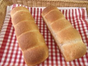 H30.4.11 いちごちぎりパン 1