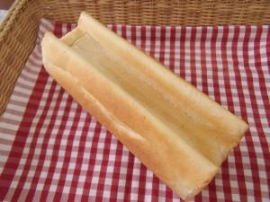 19.4.9 にゃん食パン 1