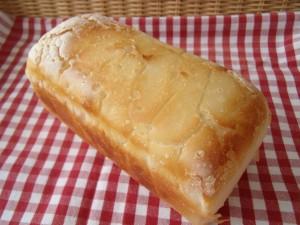 19.4.9 米粉パン 2
