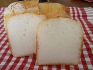 19.4.9 米粉パン 3