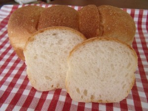 19.5.14 ちぎりパン 3