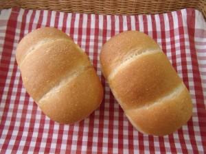 19.8.24 食パン 3
